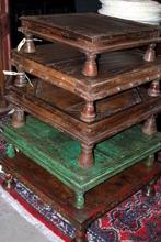 Bajot bord, gamla och antika.