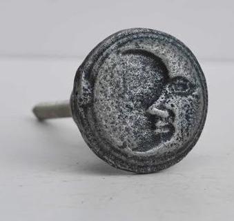 Knopp i metall