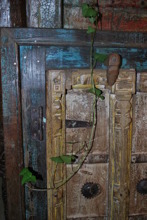 Spegel med dörrar