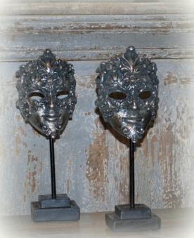 Silvrig mask, fraktfritt