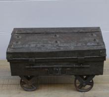 Antik koffert/Hjulbord