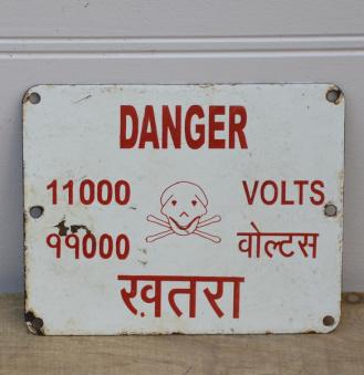 Varnings skylt Volt