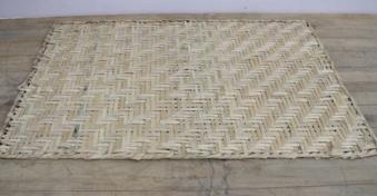 Flätad bambumatta