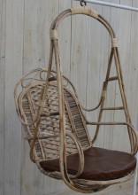 I slutet februari: hängstol i bambu