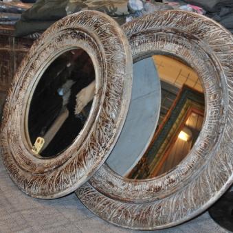 Handgjord spegel
