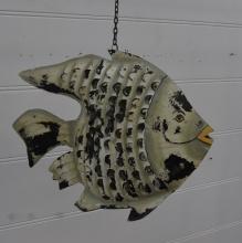Fisk i plåt: April