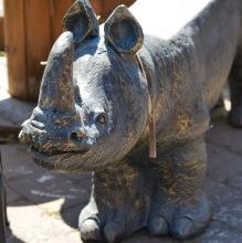 Trädgårdsbänk Noshörning