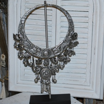 Replik av antikt halsband