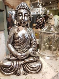 Silvrig Buddha