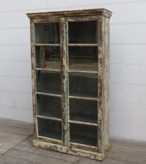 Vintageskåp Med Mycket Glas