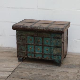 Antik Indisk Kista