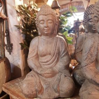 Buddha i fiberclay
