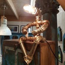 Rör-lampa sittande