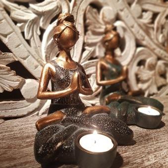 Yoga girl för ljus