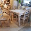 Kvadratiskt matbord