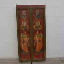 Antik dörr med målat motiv