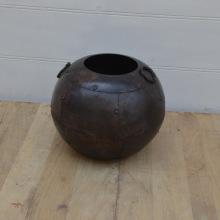 Mitten Juli: Iron pots