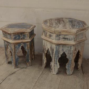 Set om två bord