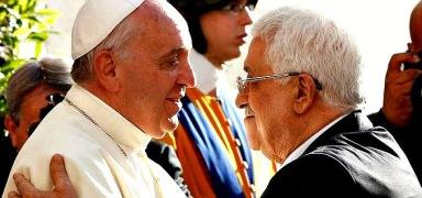 """Påven Francis kalladeden palestinske ledaren Mahmoud Abbas """"En ängel av fred"""" närde möttestre dagar efter att Vatikanen officiellt erkäntPalestina somstat."""