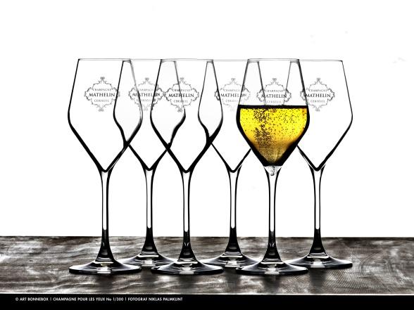 Champagneglas. Foto Niklas Palmklint