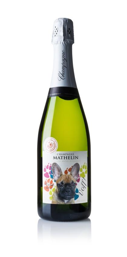 Champagne Voff. Champagne med etikett med fransk bulldogg.