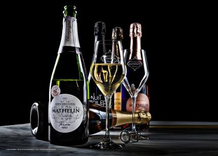 Konstfoto med champagneflaskor - Format 700 x 500 mm