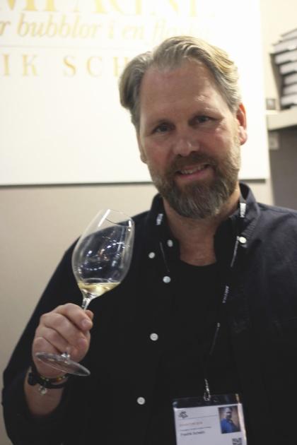 Fredrik Schelin, passionerad champagneälskare och arrangör av Avenue de Champagne.
