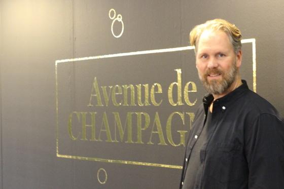 Fredrik Schelin på Avenue de Champagne.