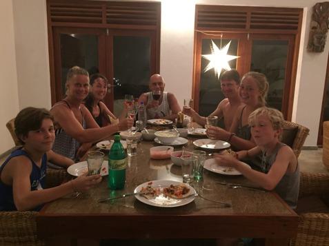Välkommen tillbaka till Hikkaduwa familjen Broms:)