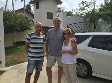 Modiga Jill och Phil från Dubai som också körde bil!