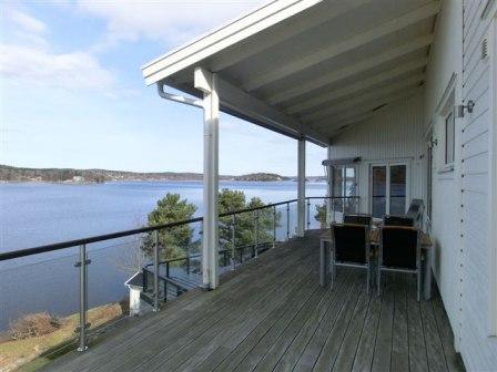 Villa vid sjön