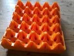 Äggbricka av plast för större ägg
