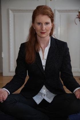 Lovisa Mellgren på ProDigma önskar utveckla strategier, ledare och ledningsgrupper ur ett yogiskt perspektiv