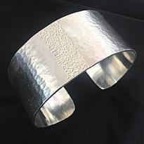 A1724  ca 3 cm brett hamrat/borrat   Pris 1800