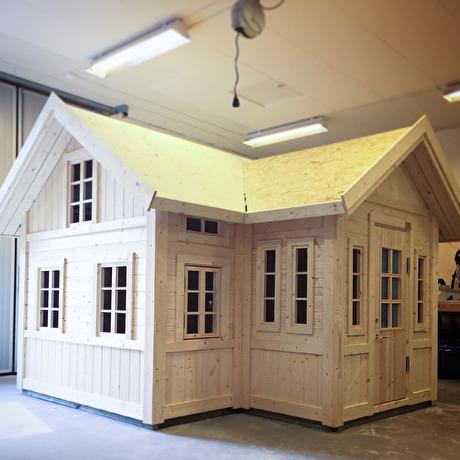 Lekstuga Sundborn från Lektema, inspirerad av Carl Larssons Sundborn