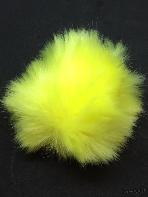 starkt gul