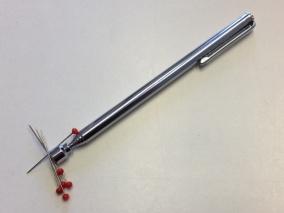 Magnet på pinne 64 cm