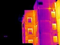 Värmeläckage i elementskarv