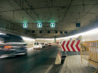 Inuti en tunnel.
