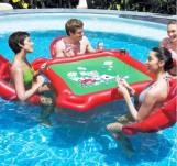 Pokerbord i vattnet