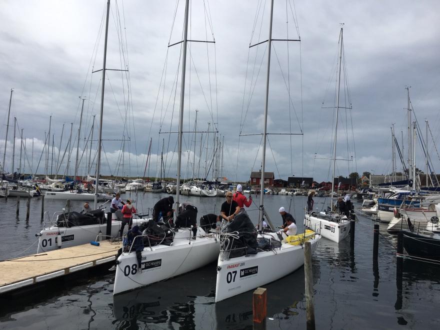 Från sista dagen efter målgång för SM-seglarna i Fareast 28R i Viken den 18 augusti.