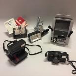 Äldre fotoutrustning m.m.