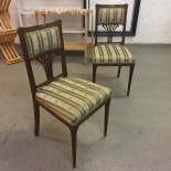 1 par äldre stolar