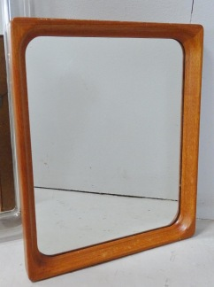 Spegel, teakram, 44*38 cm