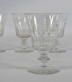 4 st glas, graverad dekor