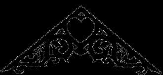 Gaveldekor Gaveltopp 002. Köp Snickarglädje och dekoration till verandan, farstukvisten, hela huset och villan. Måttanpassade konsoler, staket och räcken med snickarglädje. Du hittar gammaldags träräcke att köpa, trästaket med detaljer, mönster, ornament, dekoration för huset, snideri, träsnideri och snickarglädje med krusiduller och krumelurer till fastukvist och veranda samt dekor till taket och vindskivorna. Nockdekor och gavelornament. Dekoration till fönster och överliggare med dekorativt fönsterfoder. Prisvärt, svensktillverkat och snabb leverans.