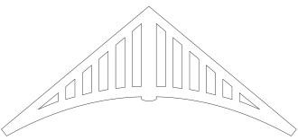 Gaveldekor Gavelornament 020.  Köp Snickarglädje och dekoration till verandan, farstukvisten, hela huset och villan. Måttanpassade konsoler, staket och räcken med snickarglädje. Du hittar gammaldags träräcke att köpa, trästaket med detaljer, mönster, ornament, dekoration för huset, snideri, träsnideri och snickarglädje med krusiduller och krumelurer till fastukvist och veranda samt dekor till taket och vindskivorna. Nockdekor och gavelornament. Dekoration till fönster och överliggare med dekorativt fönsterfoder. Prisvärt, svensktillverkat och snabb leverans.