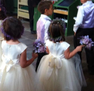 Flower girls, boys and the ring bearer from one of my weddings, in all 9 children that I rehearsed including music performances etc.. Photo: Britt Thellberg (don't show too much, of respect)