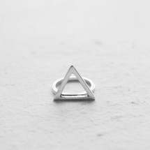 TRIANGLE / RING