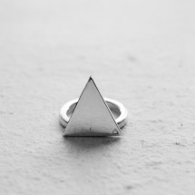 TRIANGLE II / RING